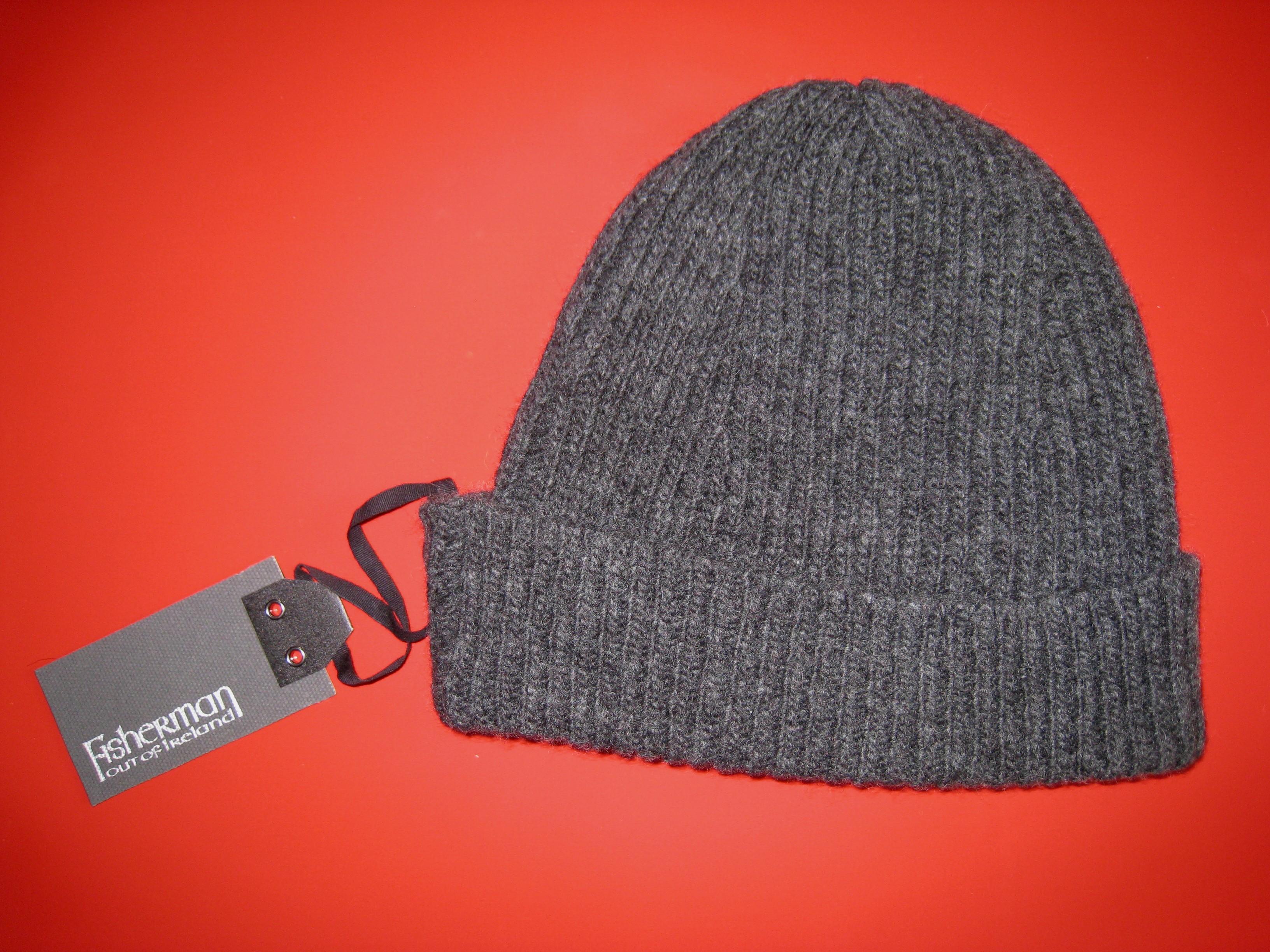 Bonnet 100 laine homme bonnet homme blanc   Travauxchezvous ec31fe58e14