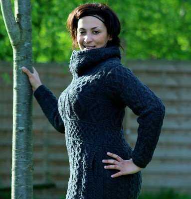 Veste zippée AranCrafts en laine pour femme